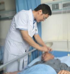 脊柱脊髓疾病只能做开放手术?不是哦!其实还有更好的选择